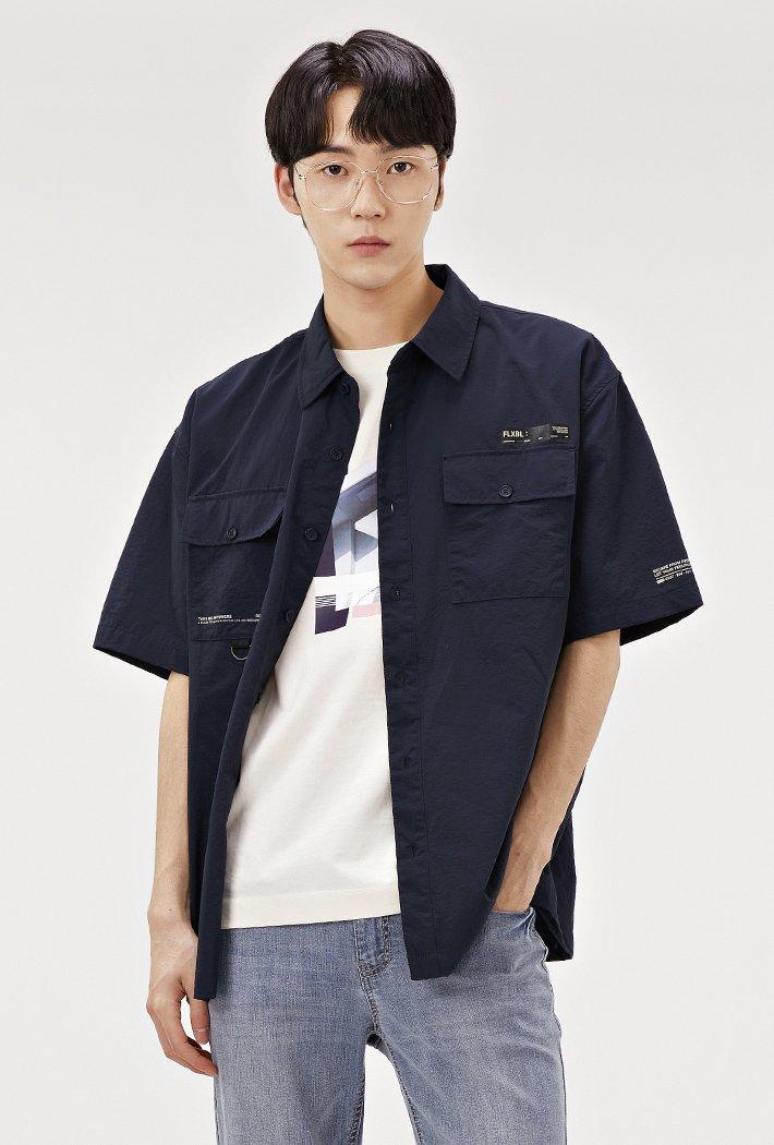 남성 오버핏 유틸리티 포켓 반팔 셔츠-ABAK5533D04