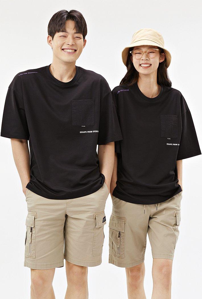공용 오버핏 우븐 포켓 포인트 티셔츠-ABAU5839D03