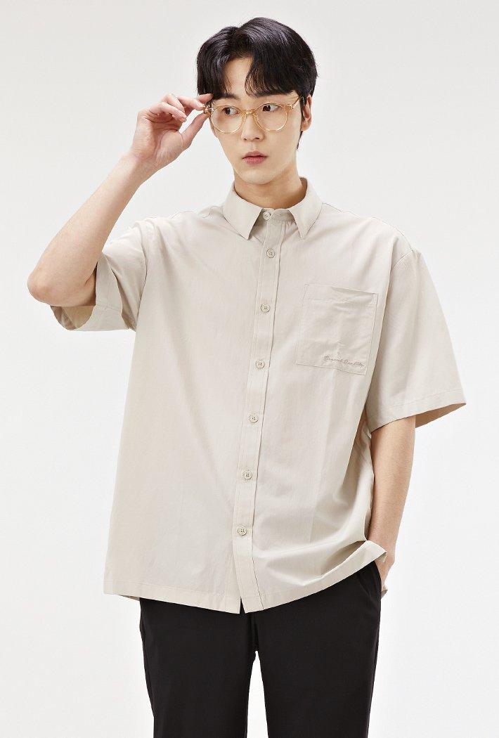 남성 세미 오버핏 모던 반팔 셔츠-ABRK5526D0X
