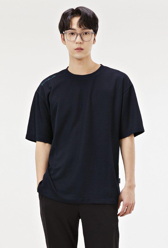 남성 세미 오버핏 밑단 포인트 반팔 티셔츠-ABRK5822D04