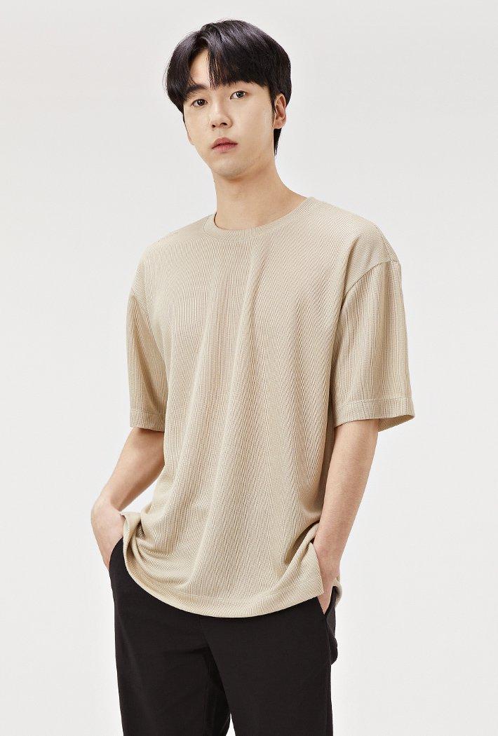 남성 세미 오버핏 밑단 포인트 반팔 티셔츠-ABRK5822D0X