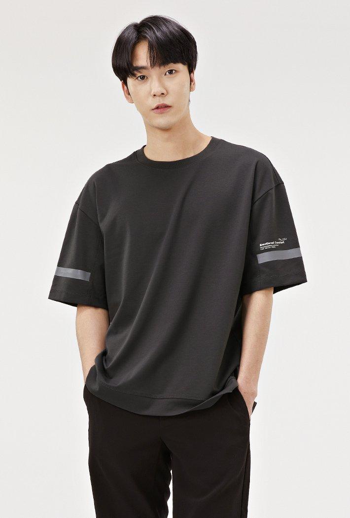 남성 세미 오버핏 슬리브 포인트 반팔 티셔츠-ABRK5824D09