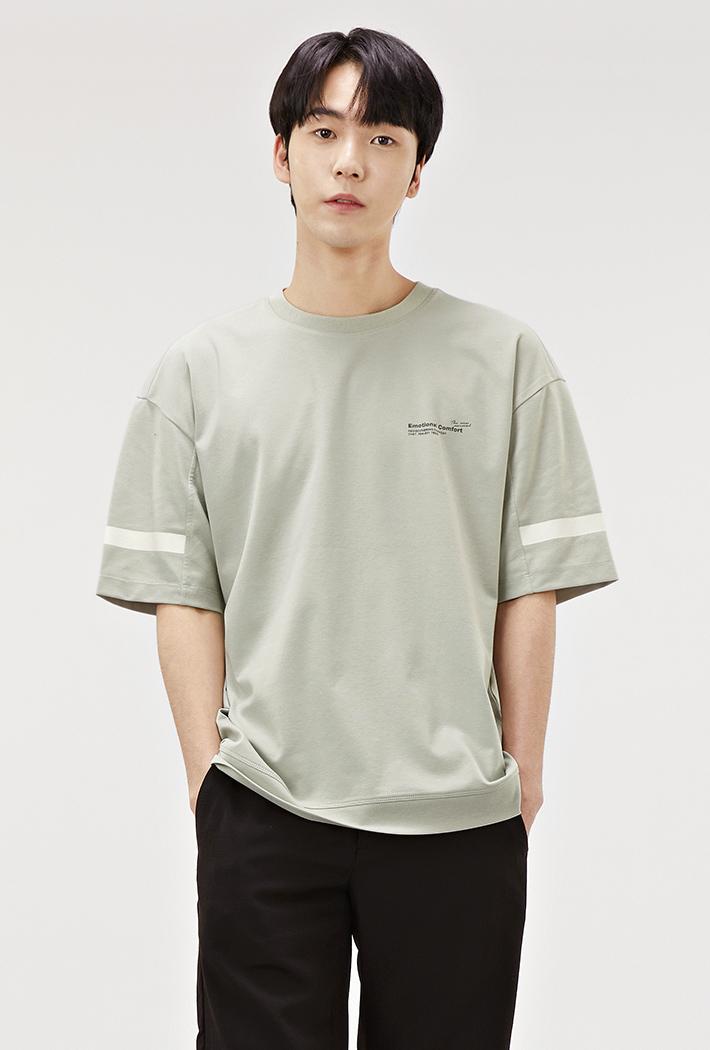 남성 세미 오버핏 슬리브 포인트 반팔 티셔츠-ABRK5824D0H