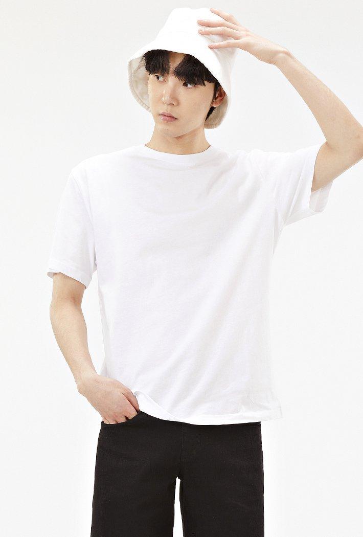 공용 베이직 라운드넥 반팔 티셔츠-ABZU5810D01