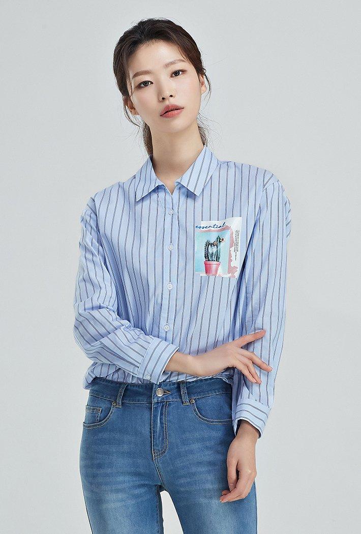 여성 넥변형 그래픽 셔츠KARG5422B0D