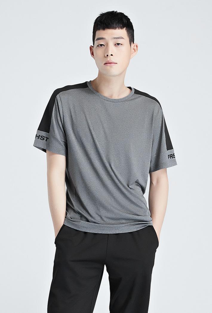 남성 쿨테크 스포츠 라인 티셔츠-KCAK5841E0B
